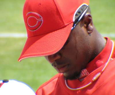 Brandon Phillips signs for the kiddies