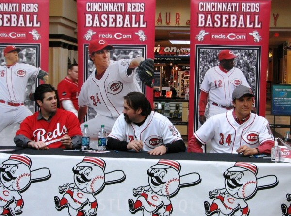 Ryan Lamarre, Corky Miller, and Homer Bailey had a brief pause from all the signing while we were in line.