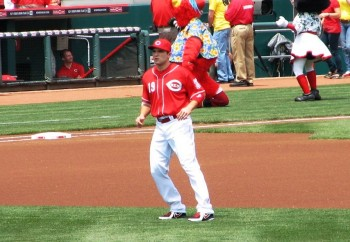 Joey Votto warms up before the game.
