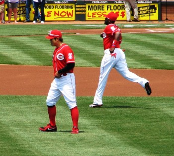 Shin-Soo Choo and Brandon Phillips warm up before the game.