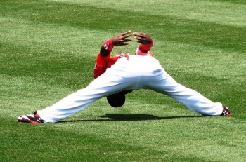 Brandon Phillips is more flexible than you are.