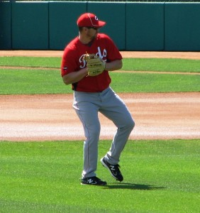 Rolen long-tossing before the game
