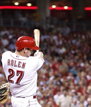Scott Rolen hits a solo shot in the eighth inning agains the Pirates