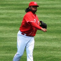 Cueto long tosses before the game