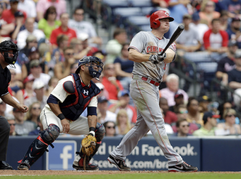 Jay Bruce hits his 19th home run off the Braves.